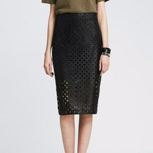 Banana Republic Skirts - Laser Cut Faux Leather Pencil Skirt sz 6